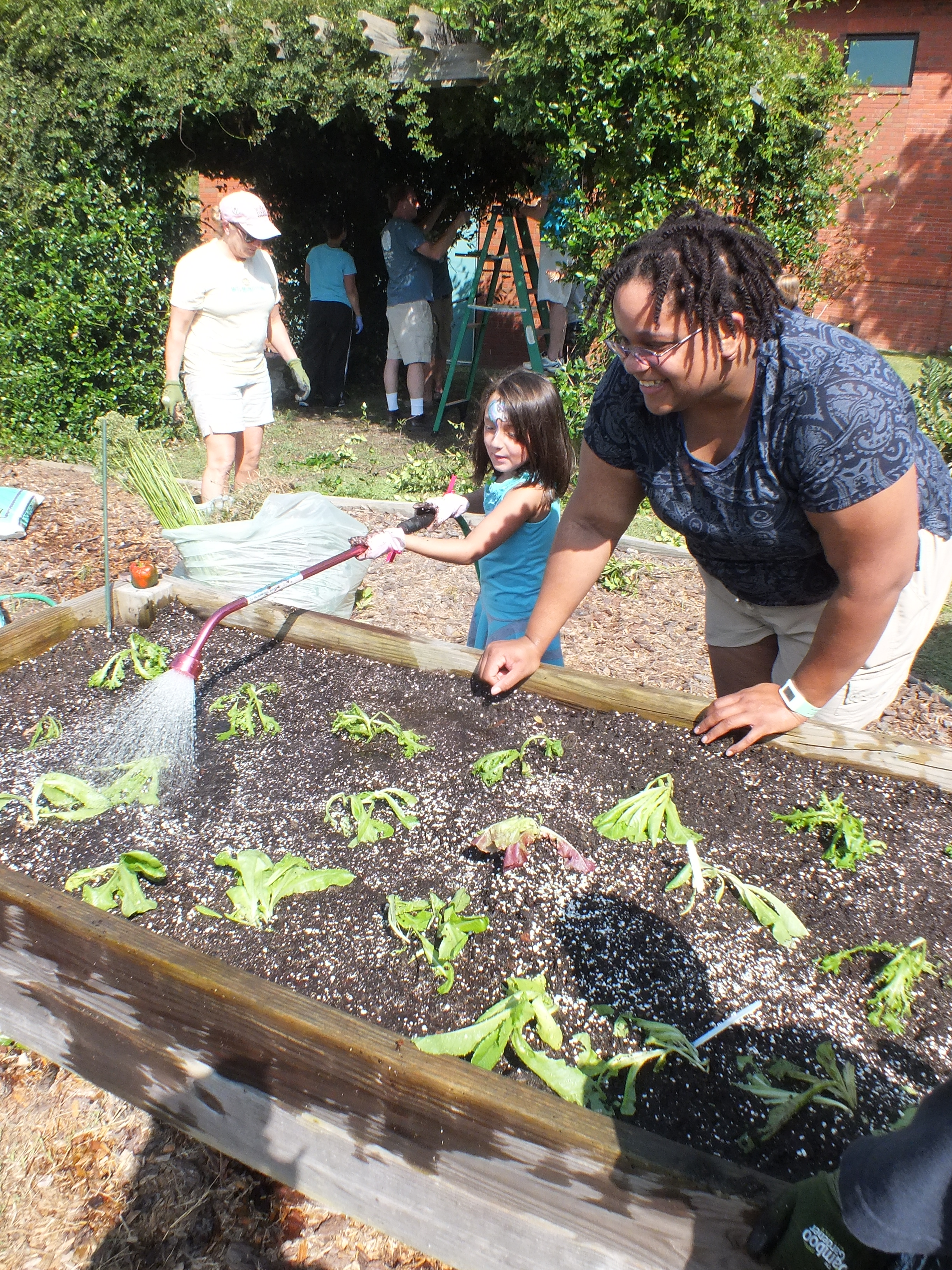 Whole foods helps winter park garden grow port city daily for Winter gardens elementary school