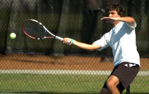 Rafael Aita returned to play for UNCW after competing for his home country of Peru at the Davis Cup.