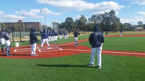 UNCW practices its 1st and 3rd situational defense.