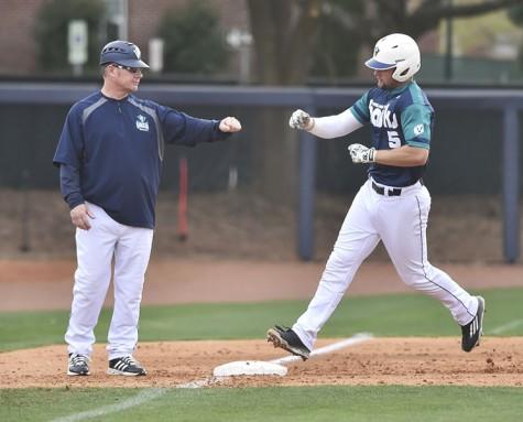 UNCW hit five home runs during Saturday's tilt. Photo courtesy- UNCW sports