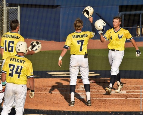 UNCW continues an eight game home stand Friday against Hofstra. Photo courtesy- UNCW sports
