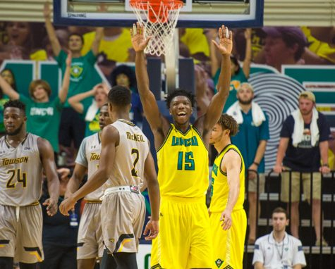 UNCW men's basketball team defeat Towson 83-78 clenching #1 seed for the CAA Tournament in North Charleston February 23, 2017 at Trask Coliseum. PHOTO BY: JEFF JANOWSKI/UNCW