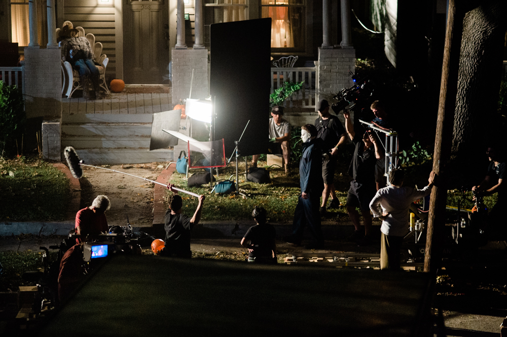 Iconic horror film character Michael Myers during a scene shot on Pender Avenue near Wallace Park in Wilmington last weekend. (Port City Daily photo/Mark Darrough)