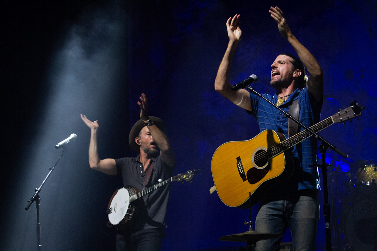 The Avett Brothers returned to Wilmington to play the long-delayed Azalea Festival headliner on Aug. 20 and 21 at Live Oak Bank Pavilion at Riverfront Park. (Port City Daily photo/Johanna F. Still)